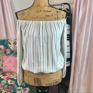 O'Neill Off The Shoulder Top Sz Small